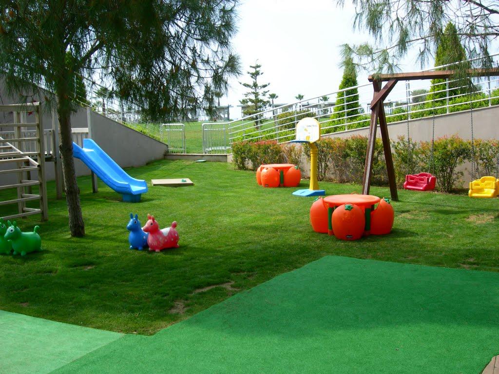 Mobila pentru bucataria cazare valea prahovei loc joaca copii for Cazare cu piscina interioara valea prahovei
